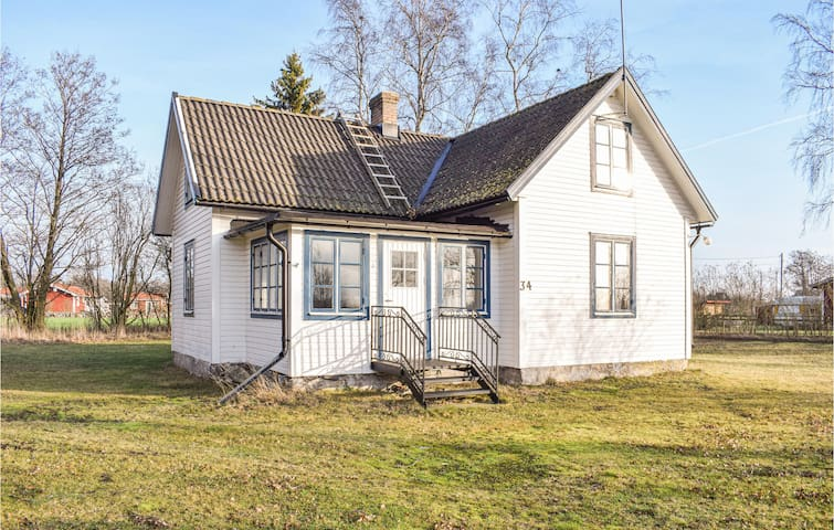 Holiday cottage with 3 bedrooms on 70m² in Löttorp