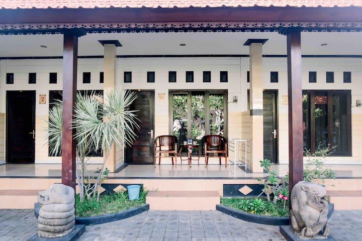 Garden View Gili Sari Homestay #8