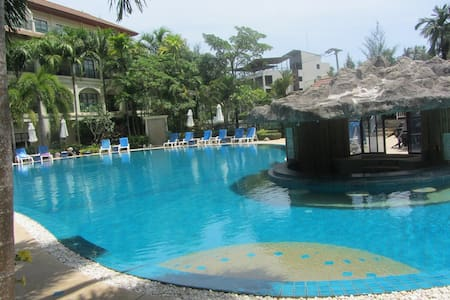 Bangtao-2 Bed Apartment-Pool-B22 - Choeng Thale