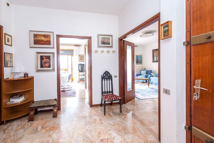 Big apartment near Bergamo. - Trescore Balneario - Flat