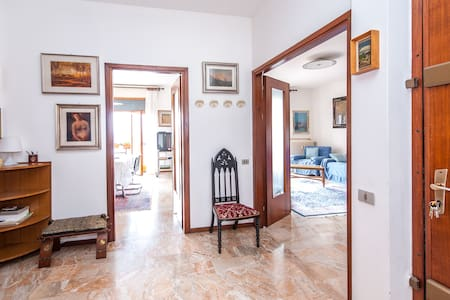 Big apartment near Bergamo. - Trescore Balneario - Appartement