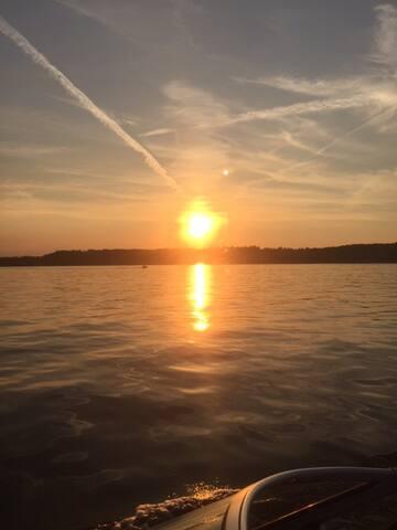 Saratoga Lake,8 mins to Saratoga.25 mins airport - Ballston Spa