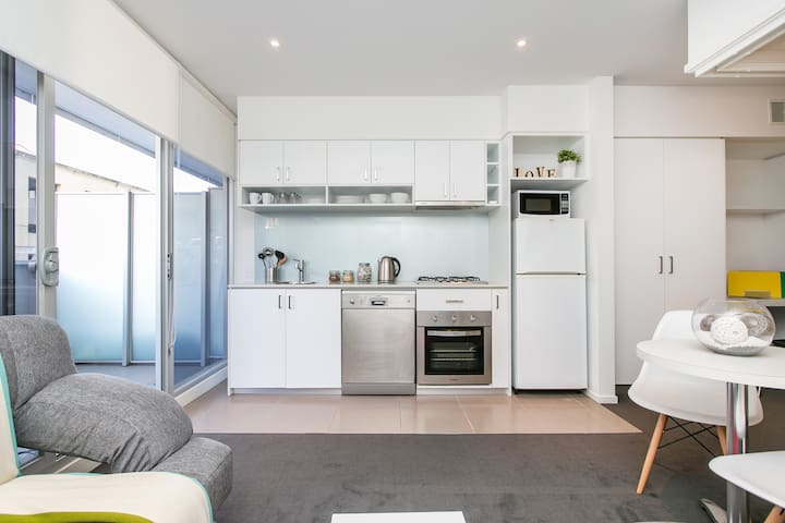Hip South Yarra Pad *WIFI+PARKING - South Yarra
