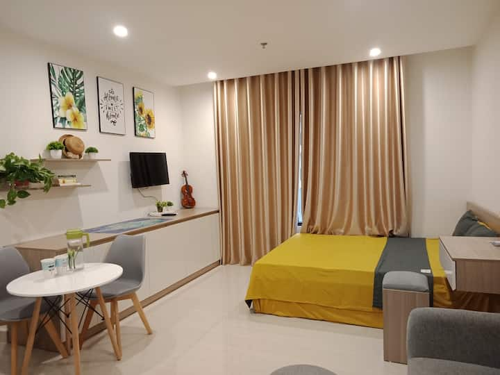 Cozy STUDIO @Vinhomes Ocean Park/ w pool, beach