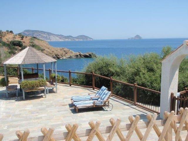Beautiful private villa with amazing sea view