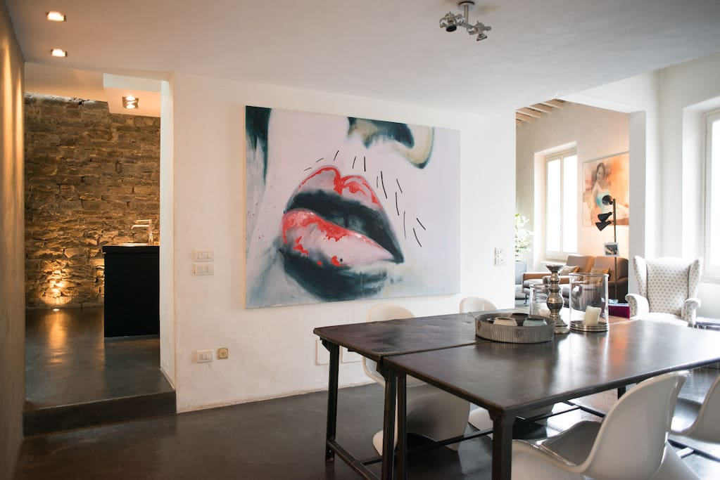Dining room with beautiful Carlo Colli Mouth!