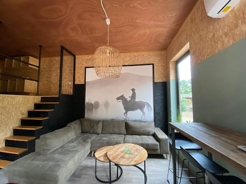 Veluwe Desert; hip and comfortable tiny house