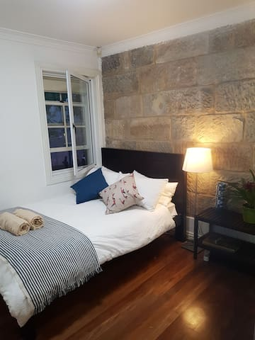 Charming Terrace Sydney City - Private Room