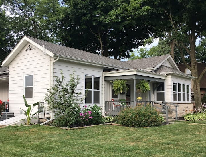 Entire Valparaiso Home - Close to VU and Downtown