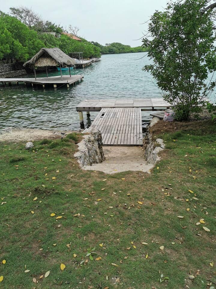 Paraiso en Isla Grande Cartagena Colombia