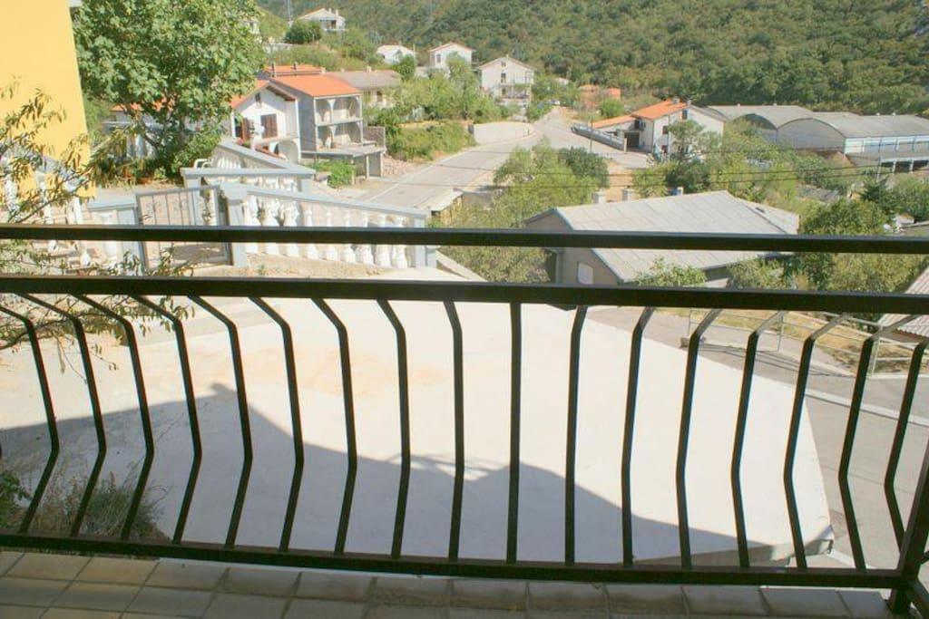 pogled sa jednog od balkona