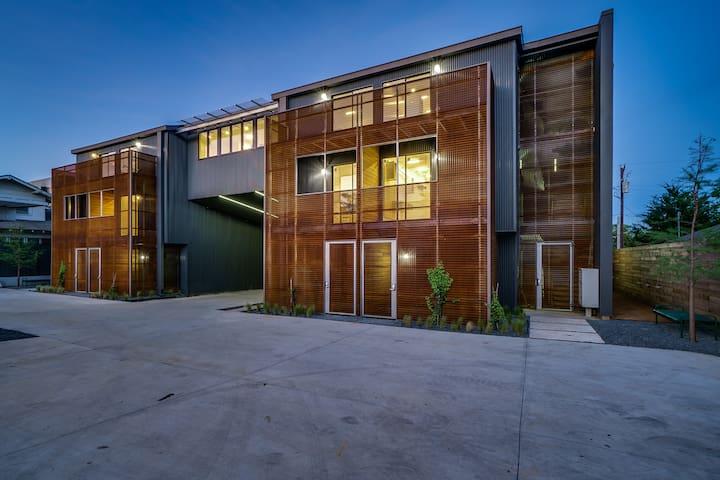 Bardo Lofts Suite 305