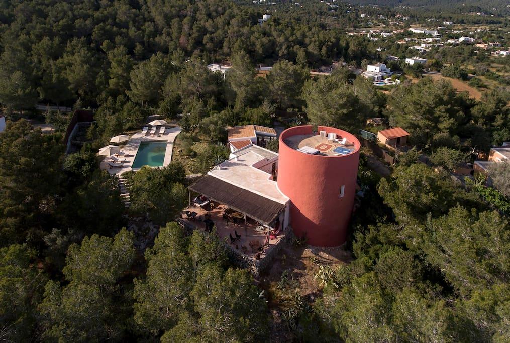 Toren uit 1600 met een zwembad villa 39 s te huur in sant josep de sa talaia spanje - Zwembad toren ...