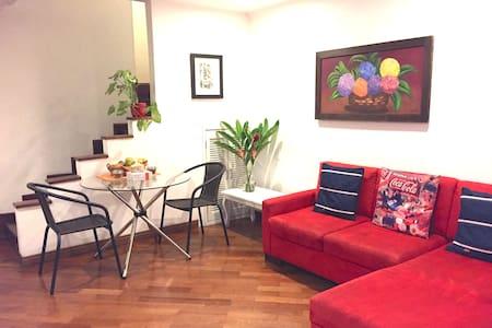 Poblado suite w/ own kitchenette + lovely garden