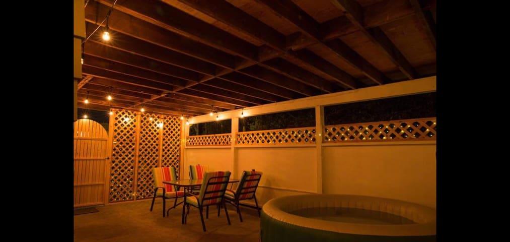 Welcome to Costa Del Sol Located in Victoria