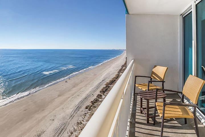 One Bedroom Ocean Front Luxury Condo, Myrtle Beach (A76)