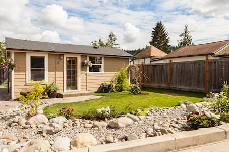 Light and Bright Tiny Cottage - Puyallup - Other