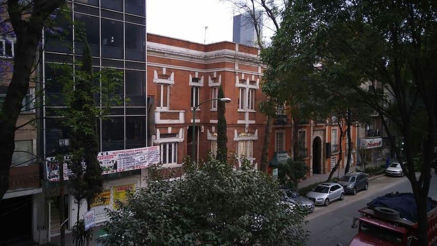 INCREIBLE DEPARTAMENTO EN REFORMA E INSURGENTES - Juárez - Apartamento