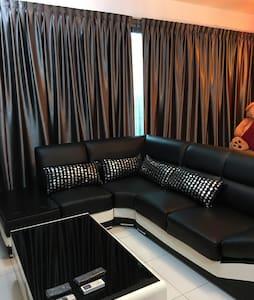 Cozy 2BR Condo-Sky Executive Suite - Johor Bahru - Wohnung