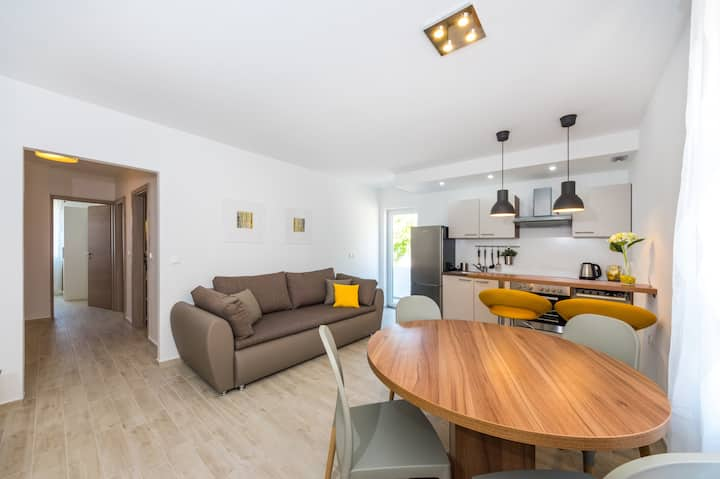 New modern apartment Lapis