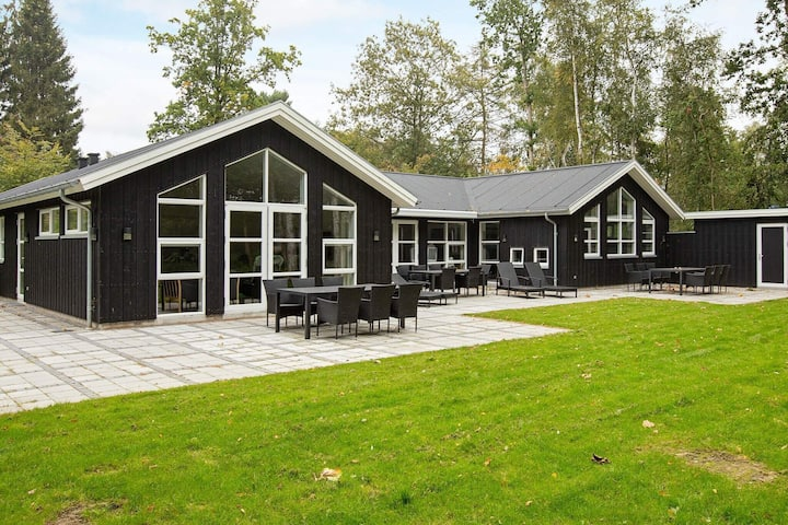 Elite Holiday Home in Zealand Denmark with Swimming Pool