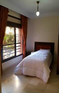 Chambre single en plein centre - marakech - Appartement
