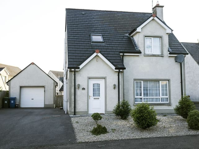 Kesh Country Manor Holiday Home
