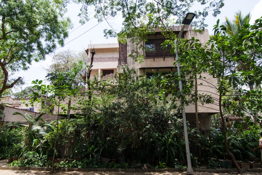 Bungalow No 9, is one of the many in this colony amongst Nature in centre of Mumbai