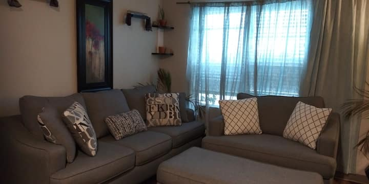 Near airport and downtown 2bd, 2ba apartment