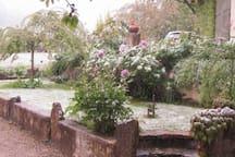 GRANDE CHAMBRE au CALME  dans ferme rénovée