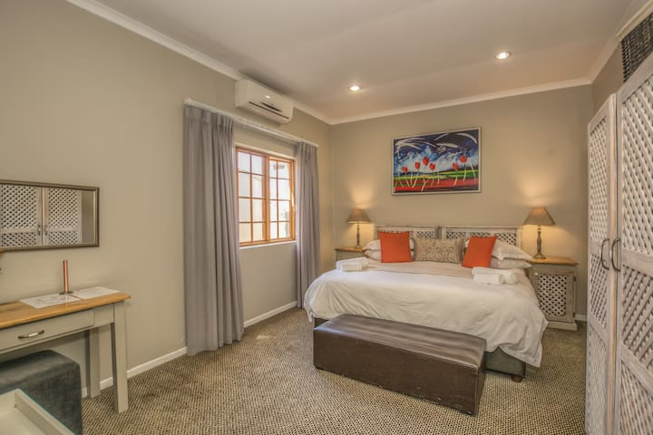 The Kraal Addo Country Estate Cozy Plus