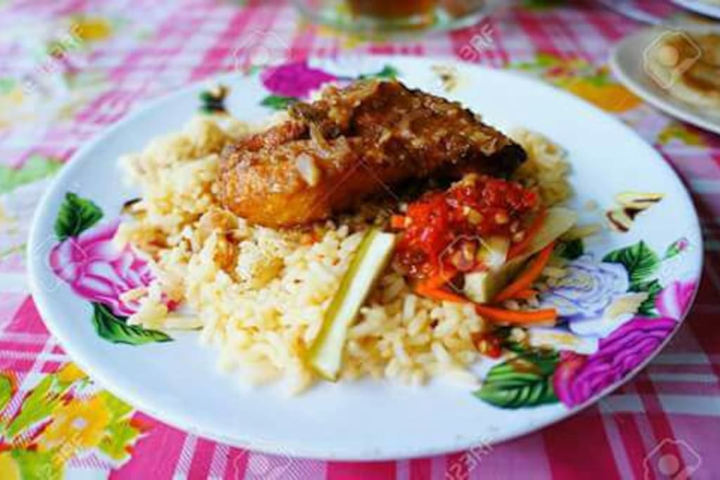 Free breakfast - Butter Rice with Chicken Curry