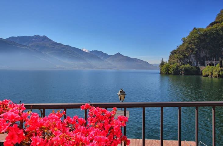 Luxury lake view family apartment Como Lake - Dongo