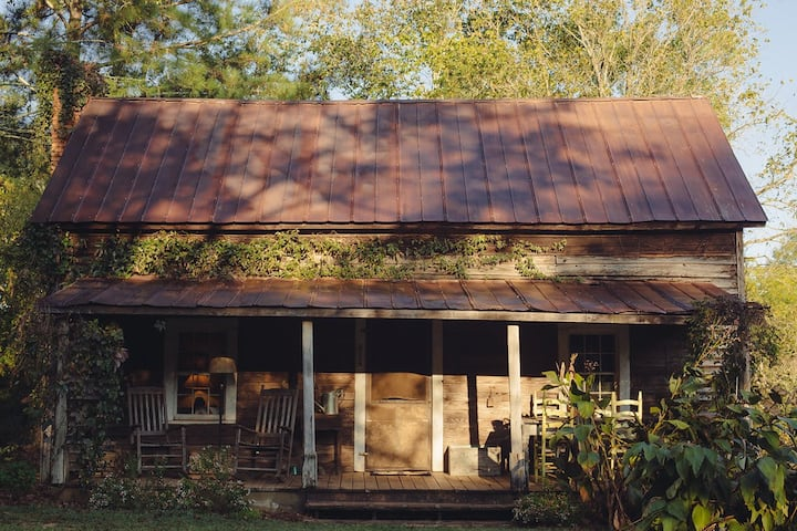 The Portico Cabin at High Shoals
