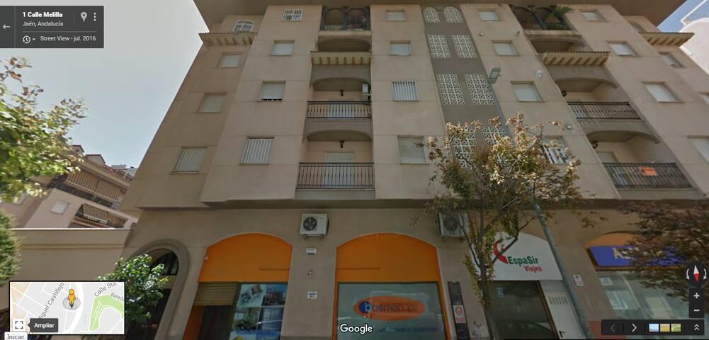 Habitación en apartamento cerca de universidad - Jaén