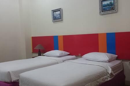 Hotel Limoes - Standard Room - Kecamatan Mataram