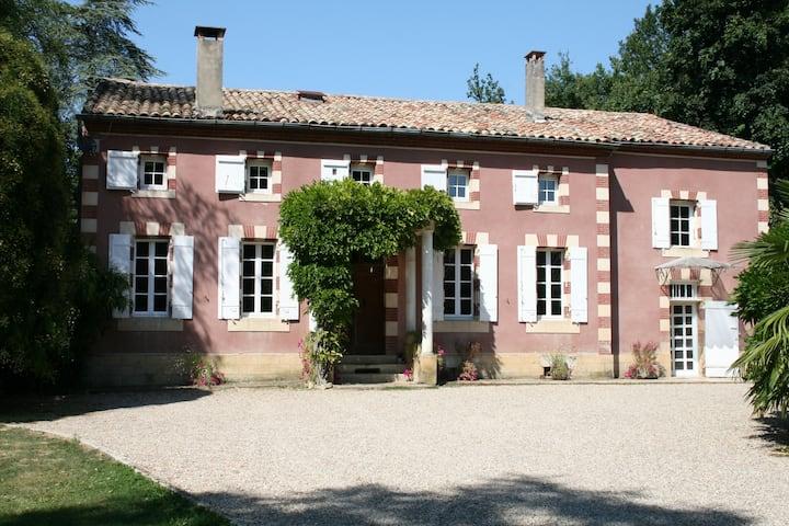 Pugnal Guest house