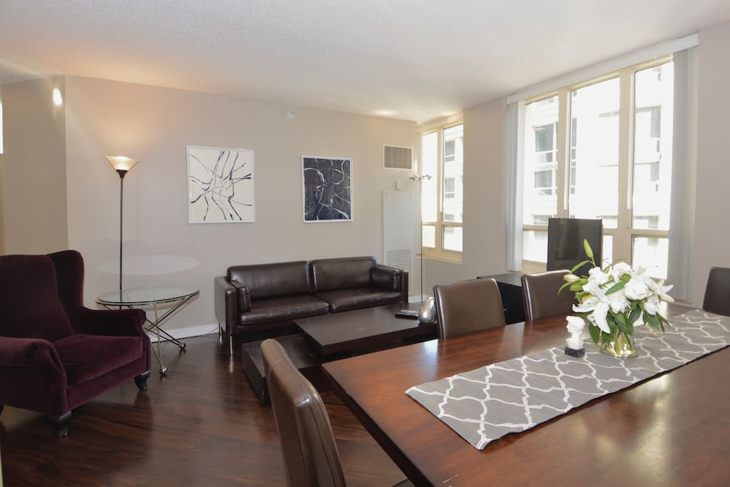 Beautifully furnished and Sunny Living Room
