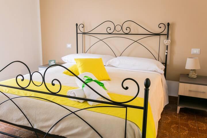 Camera Crostata -B&B Menta&Limone Capaccio Paestum