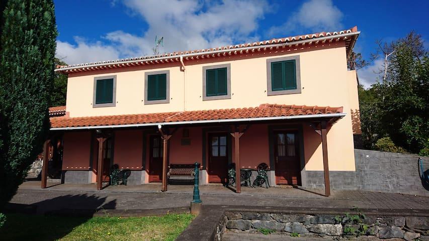 # Quinta do Lagar # - Santa Cruz - Vila
