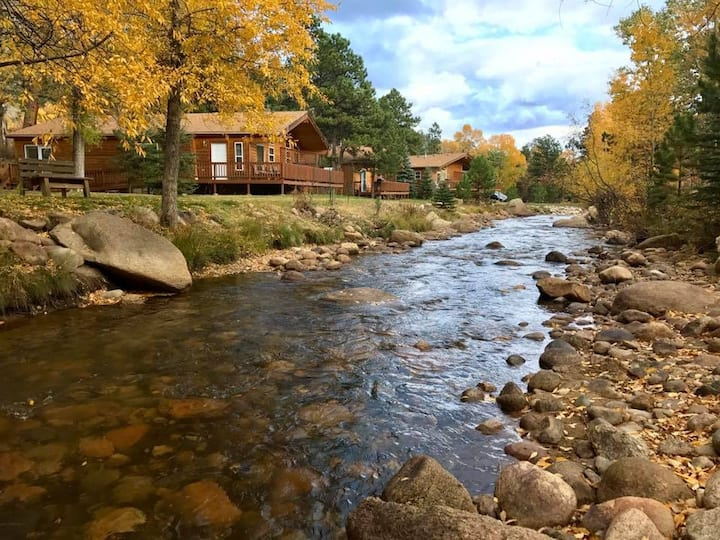 Riverview Pines - 2 Bedroom Cabin - No Pets