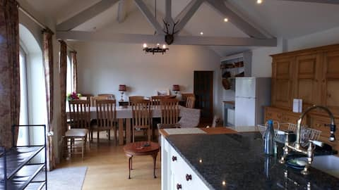 Laundry Cottage sleeps 6+6 (2 houses) by the river