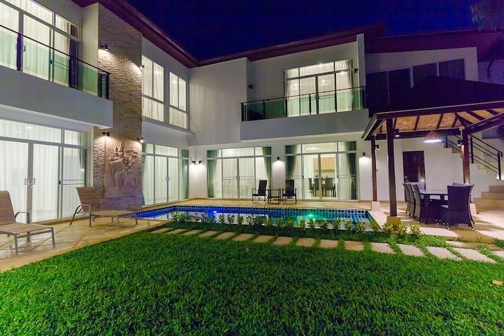 Luxary villa 5 bedrooms - Kammala - House