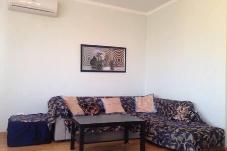 Отличная квартира в новом доме - Rostov