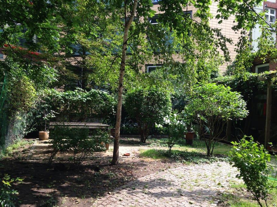 Garden chill area