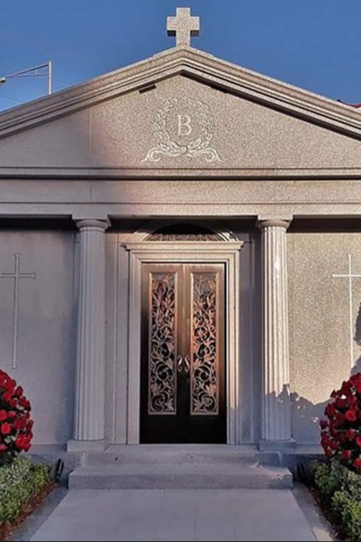 Saints Owner Tom Benson's Tomb