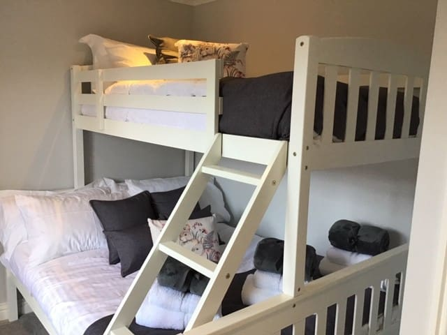 Triple Bunk with Full Sized Double Bed and Loads of Headroom
