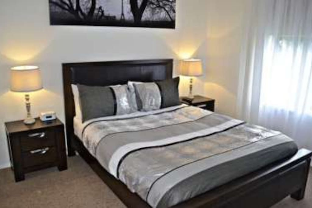 the master bedroom will fit ever persons needs,with queen size bed,quality linen, large in build wardrobes,tallboy, bedside tables, ceiling fans and plasma tv