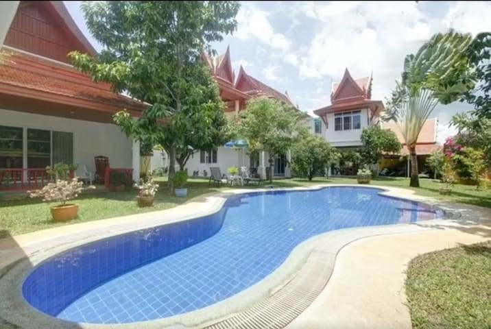 Magnificent Villa Thai with 6 bedrooms for 12-14p. - Rawai