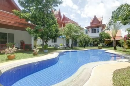 Magnificent Villa Thai with 6 bedrooms for 12-14p. - 拉威(Rawai) - 別墅